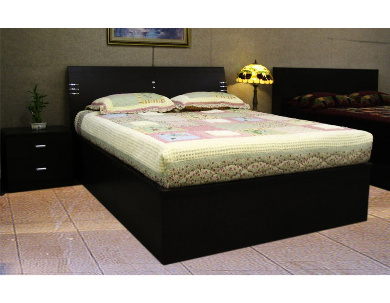 Queen Size Storage Bed Gas Lift Base