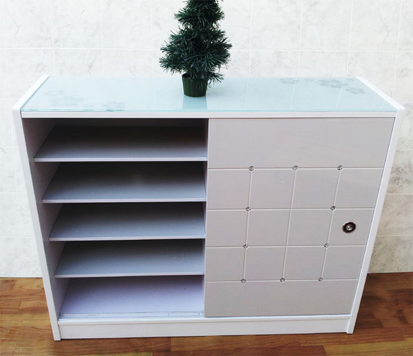 Sliding door shoes cabinet