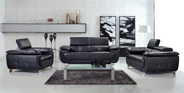 black lounges