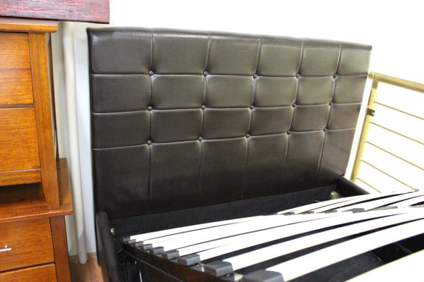 Queen  size Shiny PU brown Storge bed
