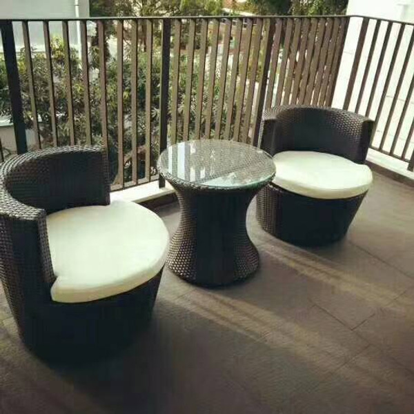 Outdoor Vast chair & table set