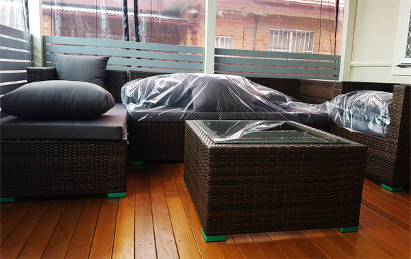 Outdoor rattan lounges set