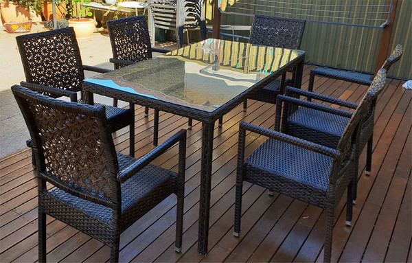 Outdoor Dining table and 6 chairs set