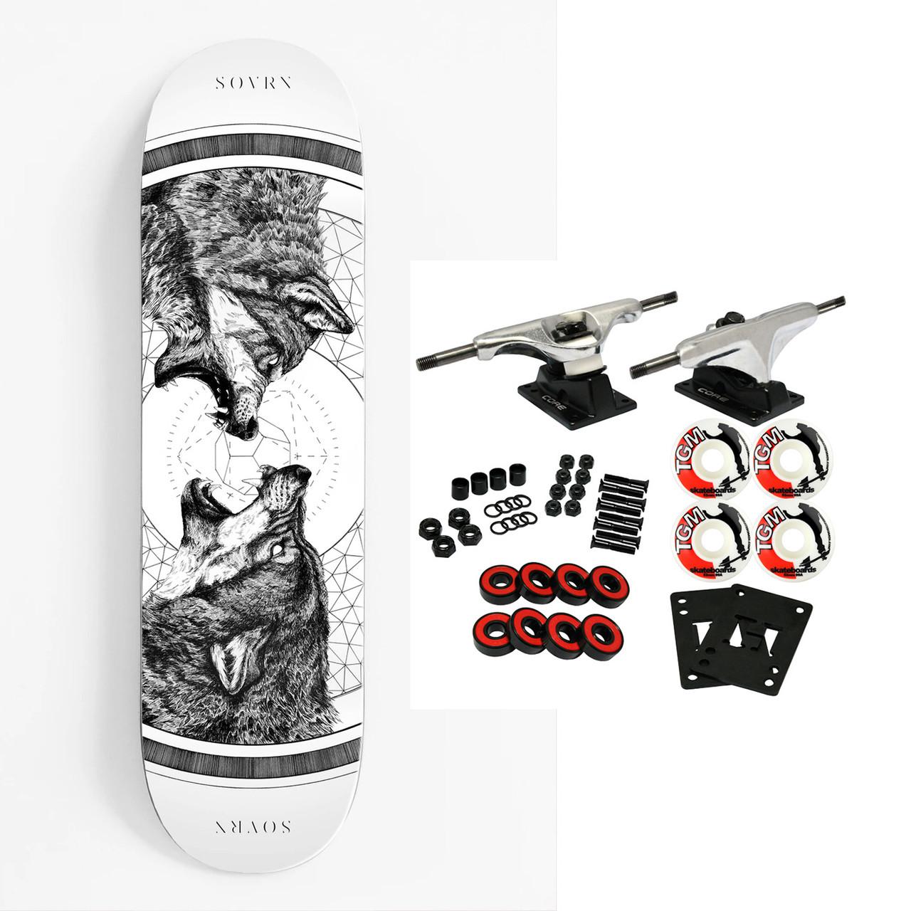 "Sovrn Skate Los Angeles Skateboard complet Carrington Geri et Freki Blanc 8.38/"""