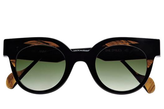 Anne et Valentin She Smiles, Anne et Valentin Designer Eyewear, elite eyewear, fashionable sunglasses