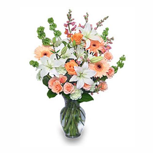 PEACHES & CREAM Flower Arrangement