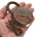 Rusty Padlock Keys 15370