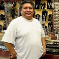 Native American Carver Milton Howard at Alltribes Indian Art 39134