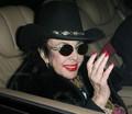 Celebrity Elizabeth Taylor with Linked Hatband 39153