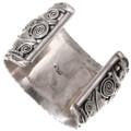 Authentic Navajo Mike Thomas Bear Claw Bracelet 40055