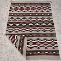 Classic Navajo Wool Rug 28764