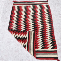 Navajo Serrated Diamonds Rug 31149