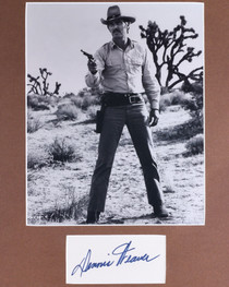 Dennis Weaver Signature with McCloud Photo 32397