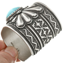 Kingman Turquoise Sterling Cuff 32500