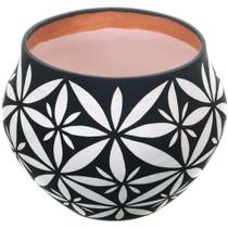 Large Storage Style Pueblo Pottery 32507