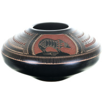 Navajo Hand Etched Pottery 32621