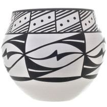 Native American Mary Antonio Pottery 32646