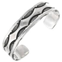 Vintage Hammered Silver Navajo Bracelet 32672