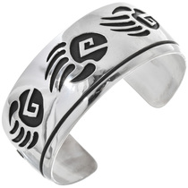Navajo Sterling Silver Bear Paw Bracelet 33022