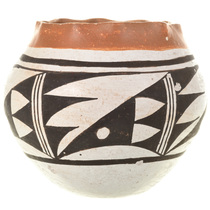 Acoma Polychrome Pottery 33122