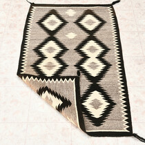 Native American Navajo Wool Rug 33257