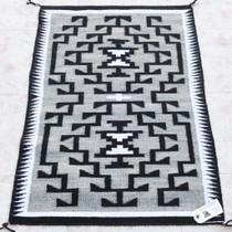 Navajo Wool Rug 34012