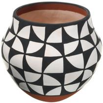 Authentic Acoma Pueblo Pottery 34037
