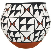 Authentic Native American Pueblo Pottery 34039