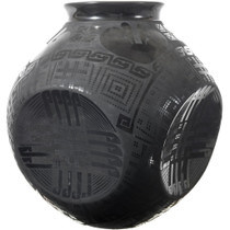 Large Black Mata Ortiz Pottery 34124