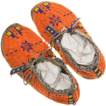 Native American Hand Beaded Deer Skin Moccasins 34419