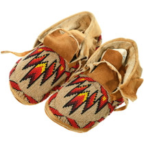 Vintage Native American Beaded Leather Moccasins 34635
