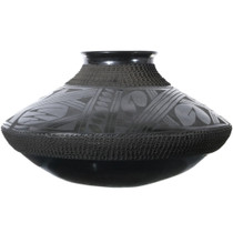 Hand Etched Mata Ortiz Pottery 34846