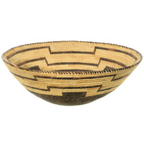 Very Fine Mid 20th Century Native American Basket 35416