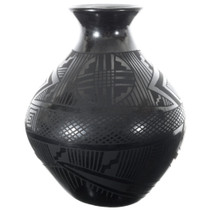 Large Black Mata Ortiz Olla Pot 35639