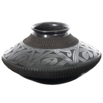 Hand Painted Black Southwest Geometric Pottery 35645