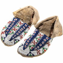 Antique Lakota Indian Beaded Moccasins 39289