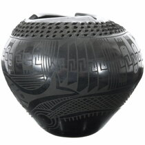 Black on Black Geometric Design Mata Ortiz Pot 39295