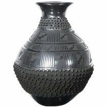 Hand Etched Black Mata Ortiz Pottery 39296