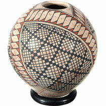 Mata Ortiz Eyedazzler Polychrome Pottery 39308