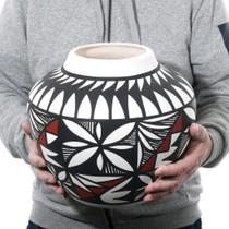 Authentic Native American Pueblo Pottery 39714