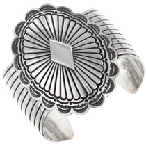 Vintage Navajo Sterling Silver Cuff Bracelet 40120