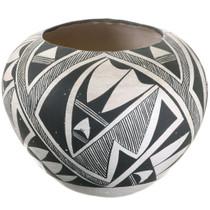 Vintage Acoma Black White Pottery 40307