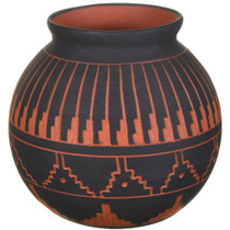 Navajo Hand Etched Pottery Olla 40454