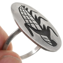 Overlaid Silver Cornstalk Design Hopi Ladies Ring 40522