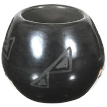 Vintage San Ildefonso Blackware Pottery 41027