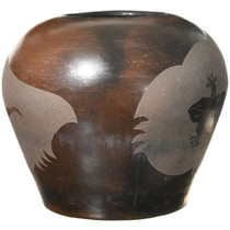 Navajo Etched Gecko Pottery 41029