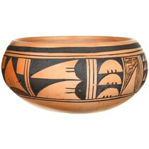 Hand Coiled and Painted Hopi Pottery 37325