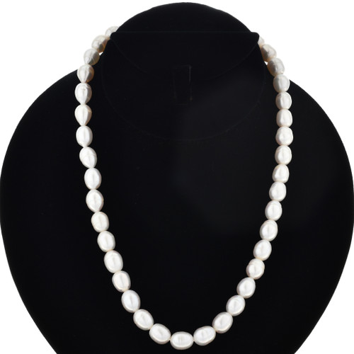 Navajo Indian Pearl Necklace 17583