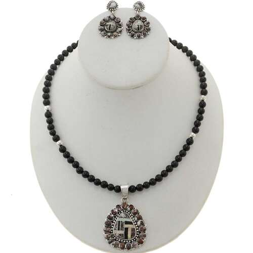 Wild Horse Pendant Necklace 12757