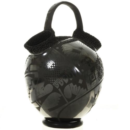 Mata Ortiz Textured Wedding Vase